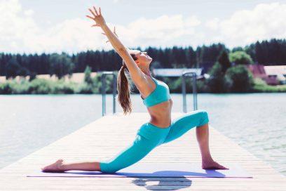 Yoga Sonnengruß: Einfache Schritt für Schritt Anleitung